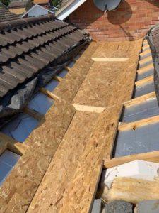 Aldridge Roofing - Lead Gully